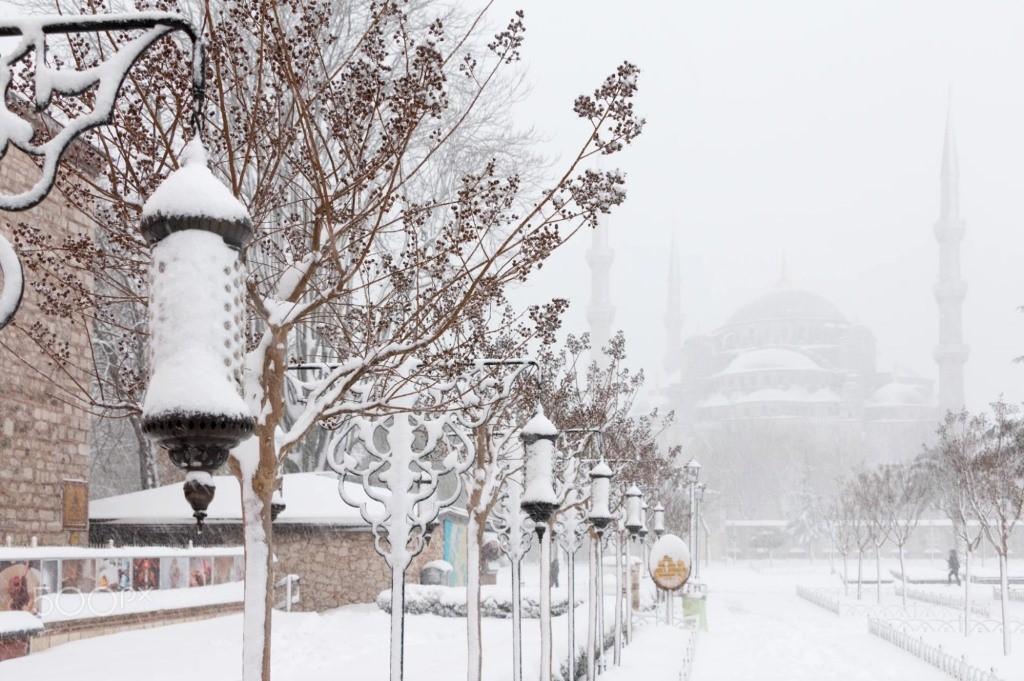 حالة الطقس في اسطنبول أفضل أوقات السفر في درجة حرارة مناسبة الرحالة