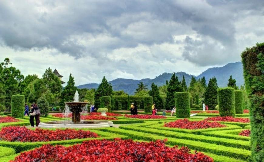 حديقة الزهور في بونشاك : 9 أنشطة بين زهور على مدى بصرك - الرحالة